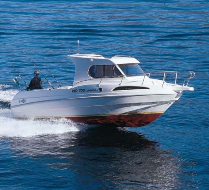 Rio-700-cabin-fish